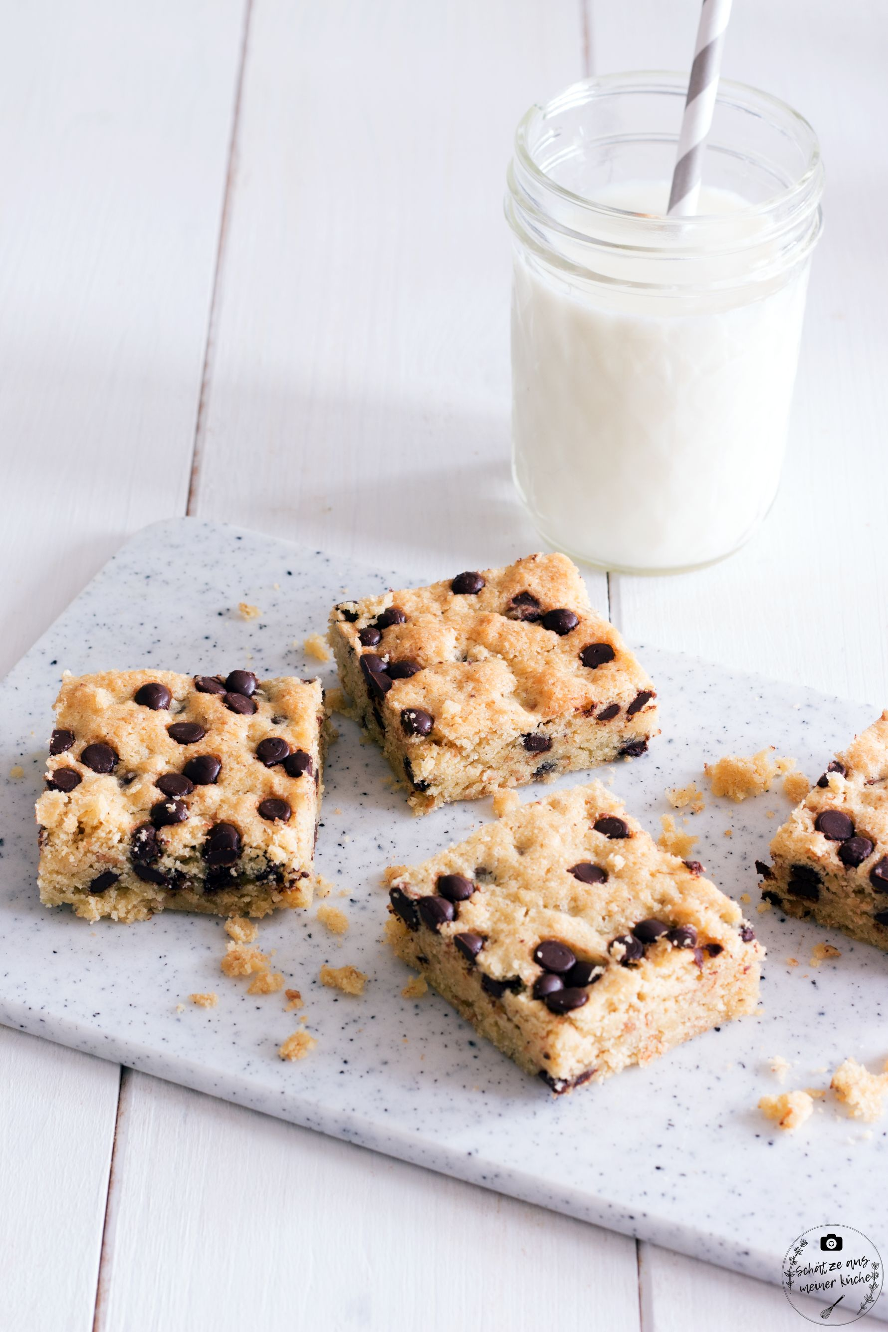 Chocolate Chip Cookie Bars mit Kokos