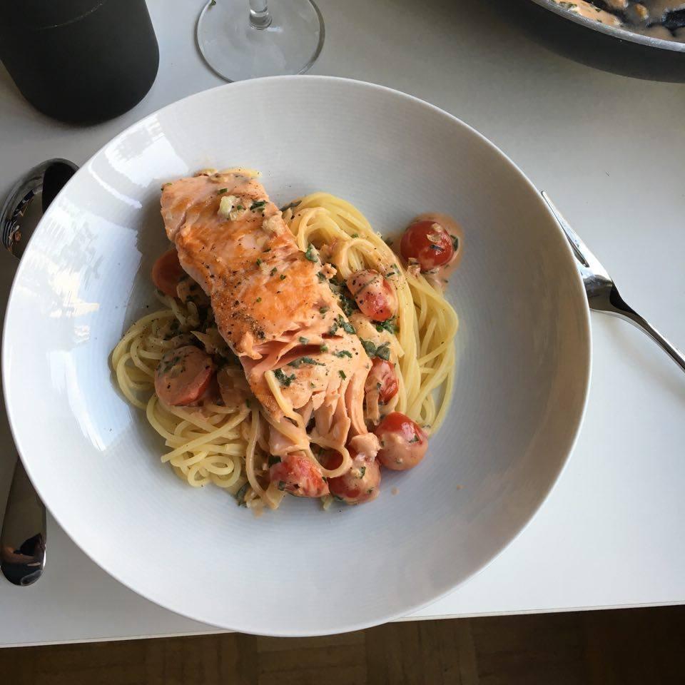 Spaghetti mit Lachsfilet