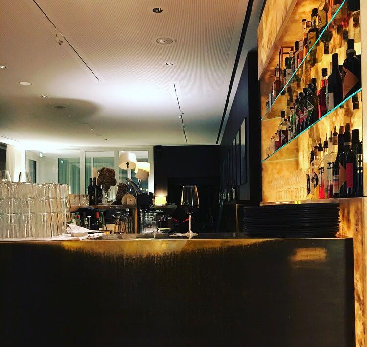 ELLA Bar