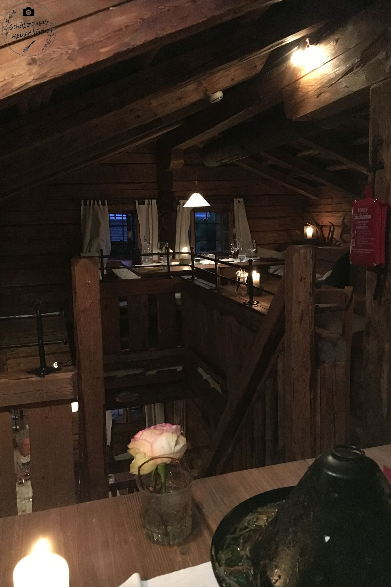 Huwis Alm Bergdorf Priesteregg Hut Essen