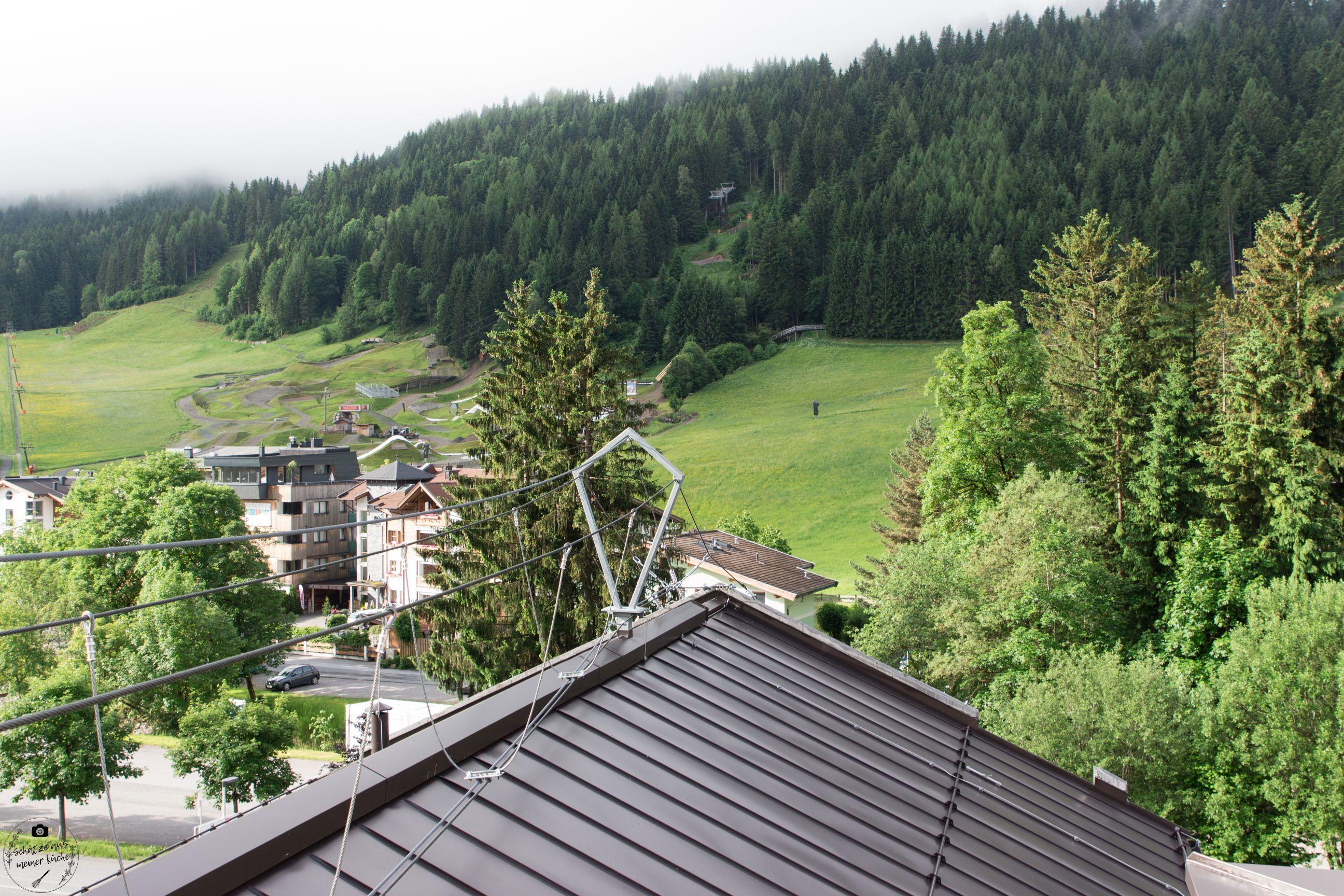 Kletterwand Dach mama thresl Kletterstieg Rooftop Terrasse