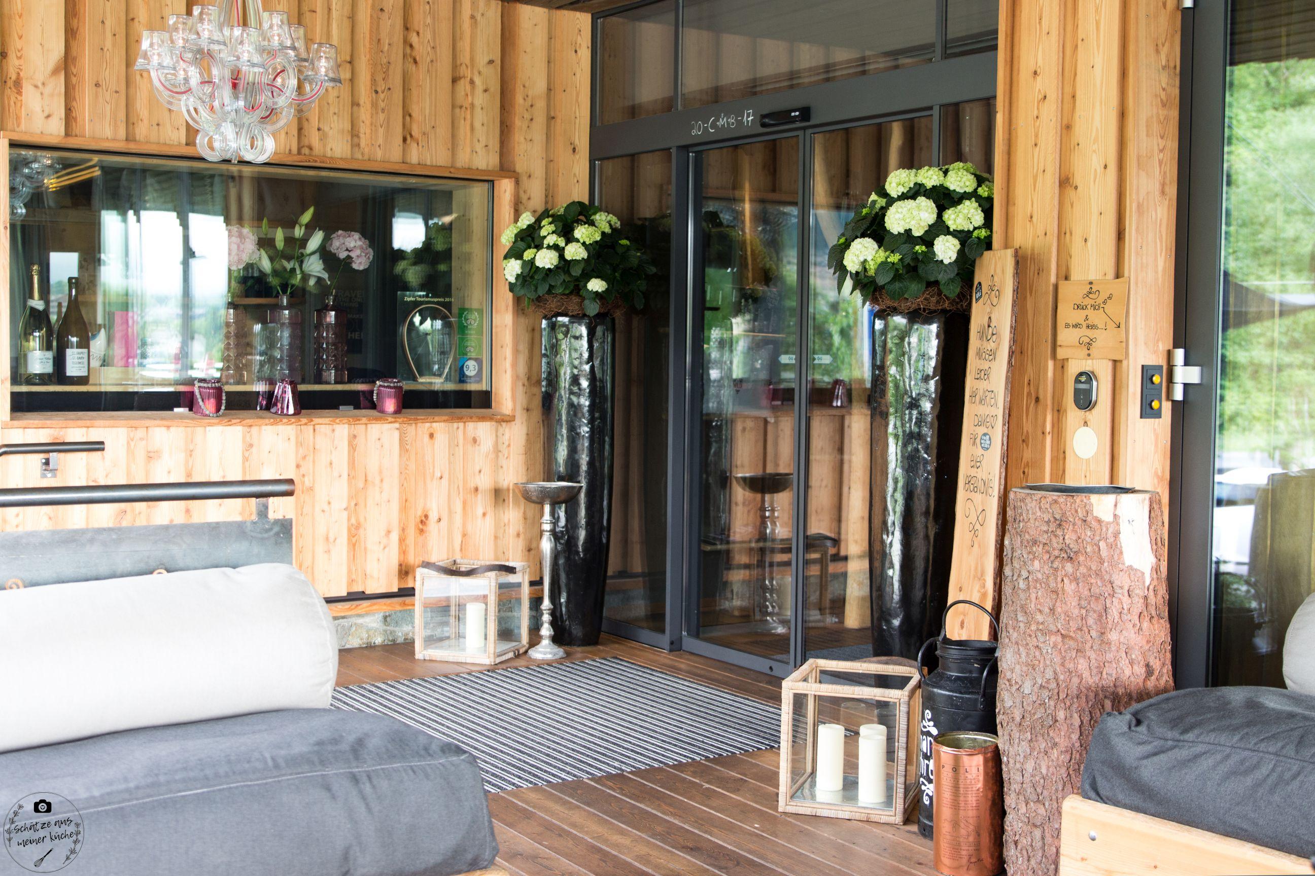 Eingangsbereich Terrasse mama thresl