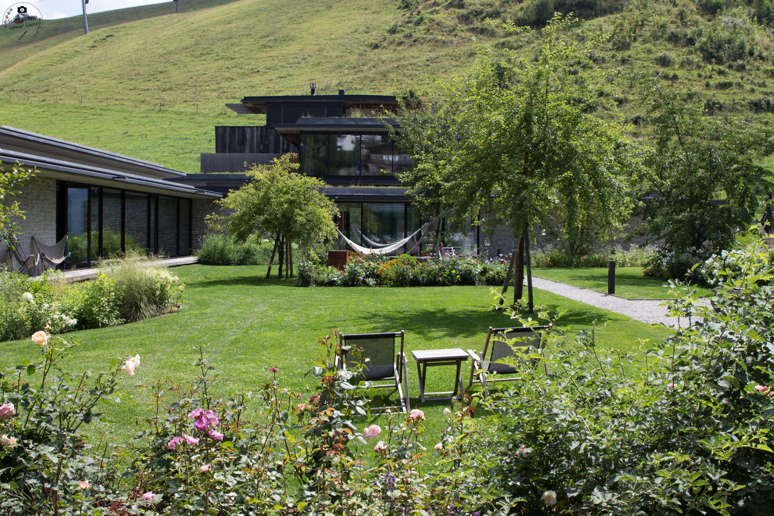 Wiesergut Spa Hotel Designhotel Innenhof Garten