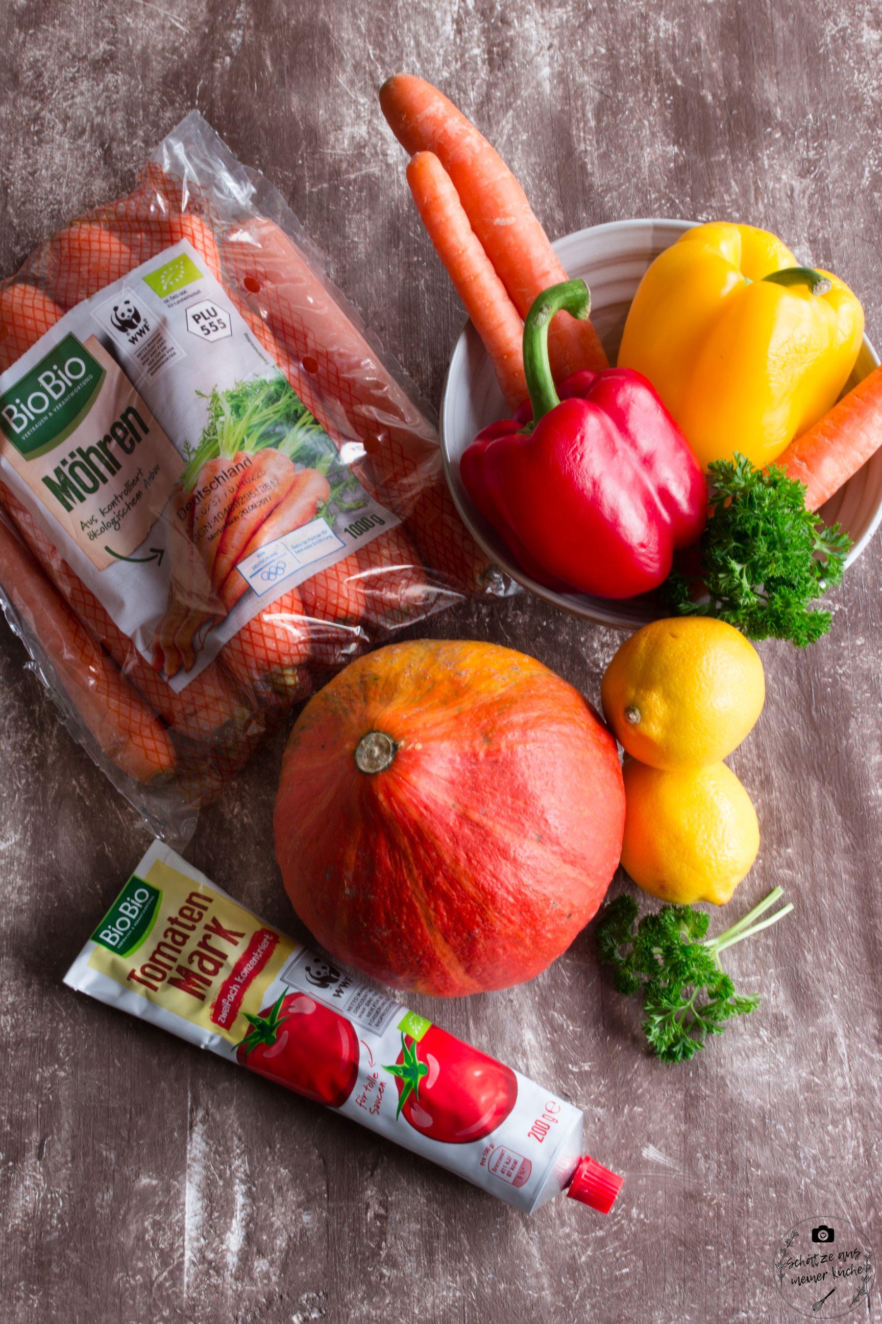 Produkte für Couscous-Salat mit buntem Herbstgemüse