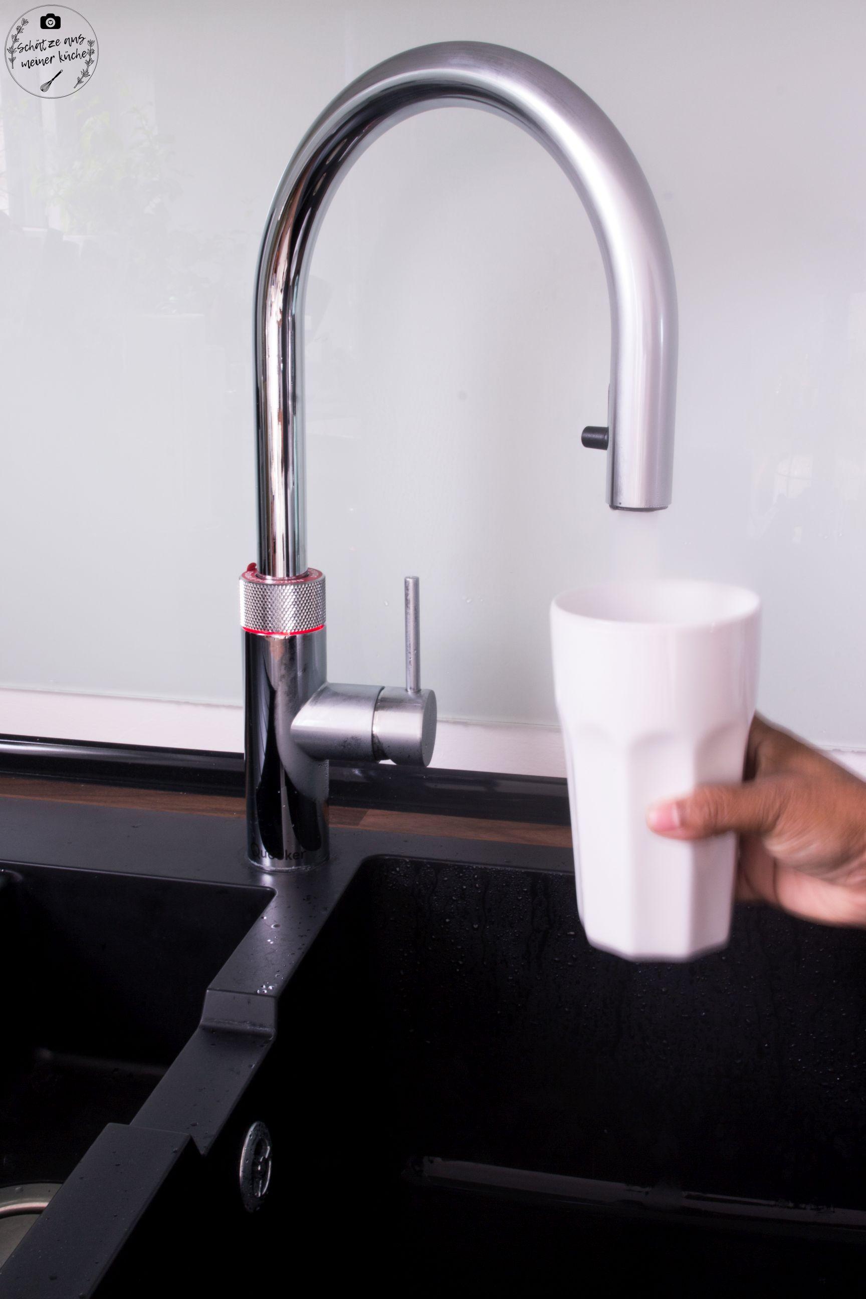 Quooker heiße Tasse Tee auf Knopfdruck kochend heißes Wasser