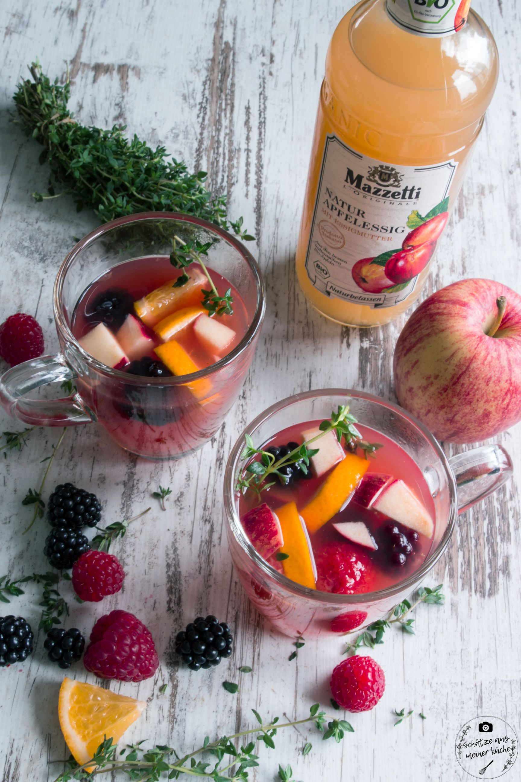 Berry-Apple-Punch mit Apfelessig Mazzetti l'Originale
