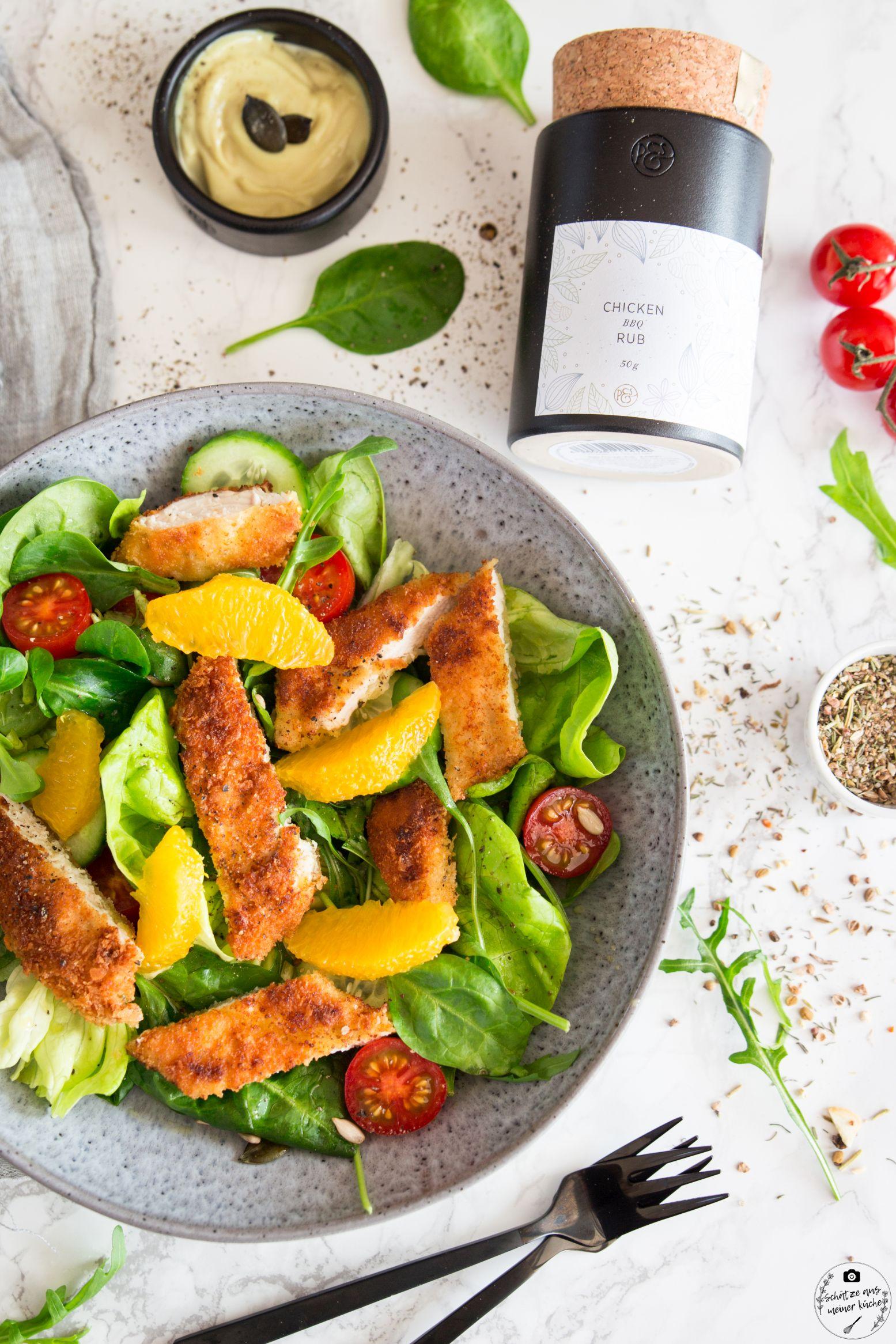 Backhendlstreifen-Salat mit fruchtigem Orangendressing und köstlicher Kernölmayonnaise